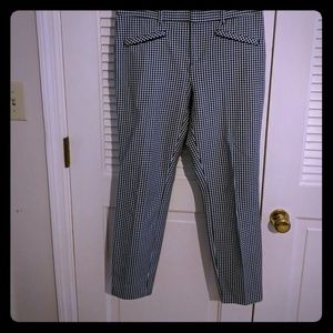 Size 8 Gap micro gingham cropped skinnies